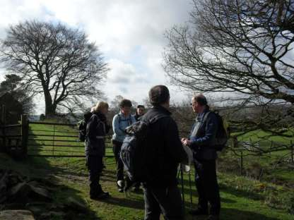 Bradfield Walk, Sun 3rd April
